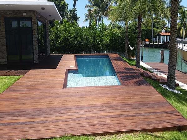 Outdoor Deck Carpentry Service Miami, FL